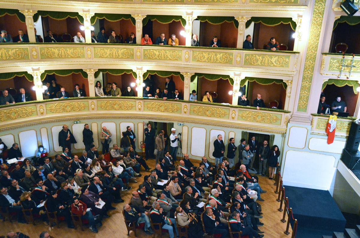 assemblea_21_04_15-08.jpg