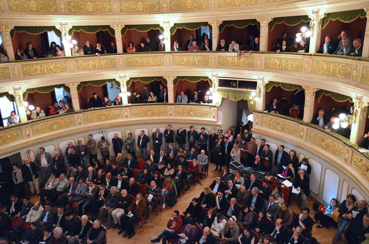 assemblea_21_04_15-12.jpg