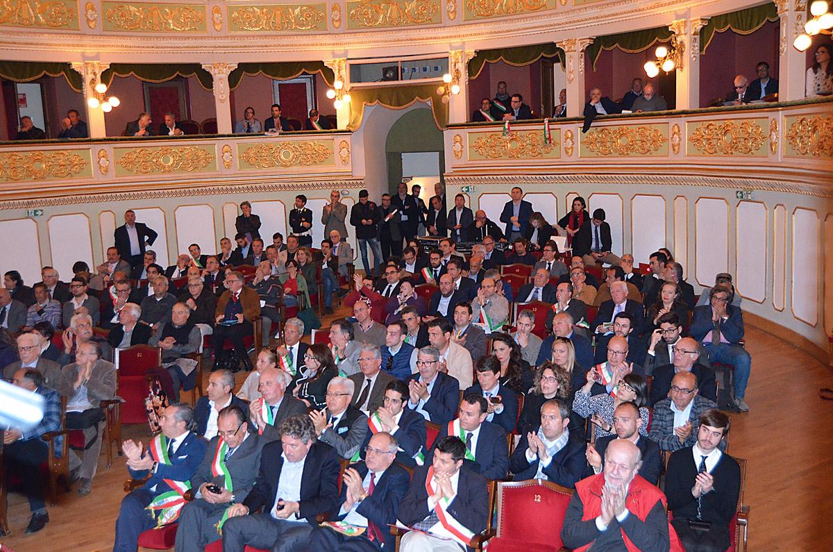 assemblea_21_04_15-19.jpg
