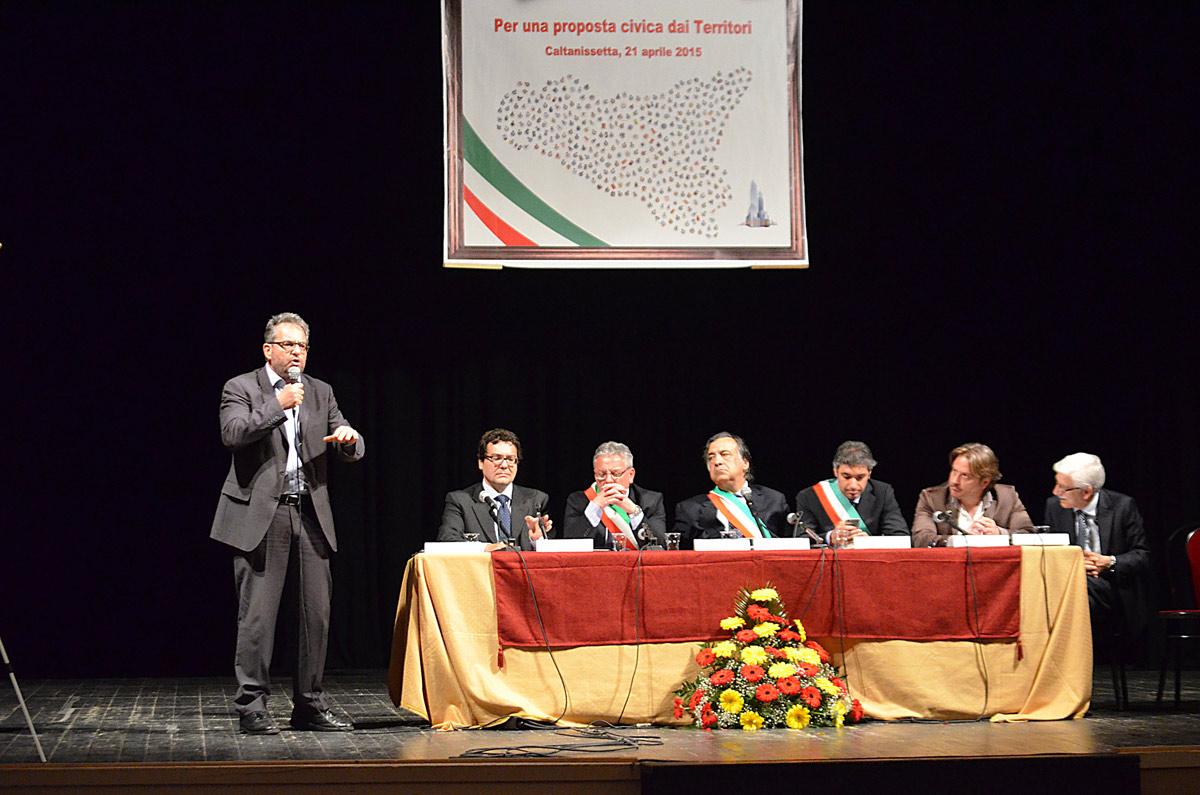 assemblea_21_04_15-23.jpg
